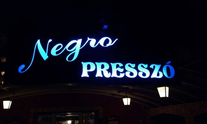 Negro Presszó